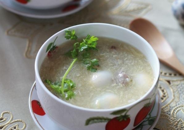 súp cua trứng cút cho bé 1