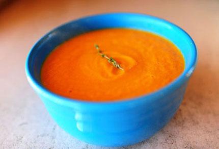 súp khoai lang cho bé