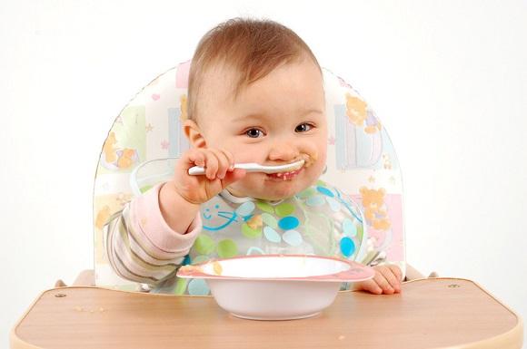 thực đơn ăn dặm cho bé 7 tháng tuổi 2