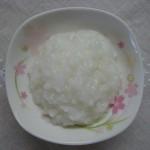 Hướng dẫn 3 cách nấu cháo cho bé ăn dặm từ gạo, cơm hoặc bánh mỳ
