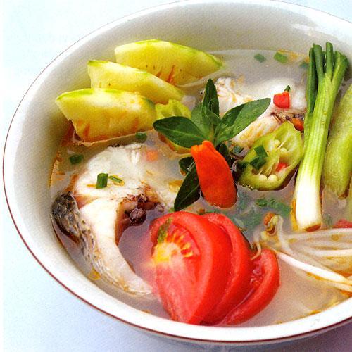 cách nấu món canh chua cá hồi 1