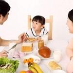 Hướng dẫn các mẹ thực đơn đủ dinh dưỡng cho bữa sáng của trẻ
