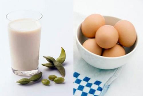 Danh sách những thực phẩm kỵ nhau bé ăn vào dễ bị ngộ độc