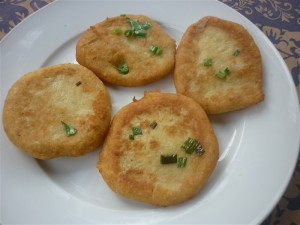 Món ngon cho bé biếng ăn – Bánh khoai tây chiên kiểu Hàn Quốc