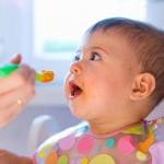 Phương pháp cho trẻ ăn dặm đúng cách theo hướng dẫn của bác sĩ dinh dưỡng