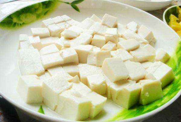 Công dụng của đậu phụ và cách chế biến các món ăn dặm từ đậu phụ cho bé