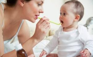 Có nên dùng thuốc kích thích ăn uống hoặc men tiêu hóa cho trẻ biếng ăn?